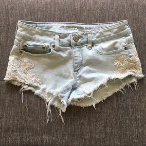 American Eagle cutoff denim jean shorts lace 2